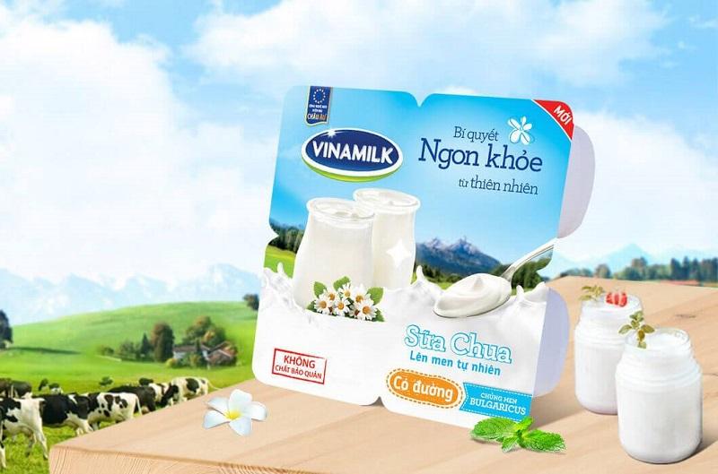 Bao bì sau khi qua dây chuyền máy chiết rót dán miệng hộp sữa chua Vĩnh Phát